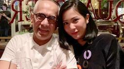 Bunga Zainal kini tak lagi tertutup dan mulai mengekspos kemesraannya dengan sang suami. (Liputan6.com/IG/@bungazainal05)