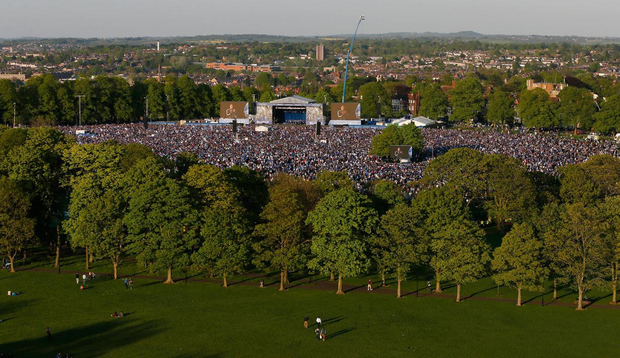 Kemeriahan Leicester City Rayakan Juara Bersama Ratusan ...