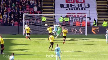 Bournemouth gagalkan kemenangan Watford di Liga Inggris Sabtu (31/3). Tembakan voli Kiko Femenia membuka keunggulan Watford atas B...