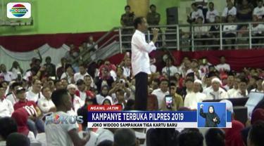 Kampanye terbuka di Ngawi, Jawa Timur, Jokowi perkenalkan tiga kartu sakti yaitu Kartu Indonesia Pintar Kuliah, Kartu Pra-Kerja, dan Kartu Sembako Murah.