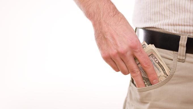 053621400 1452496952 o HOW TO SPEND LESS MONEY facebook