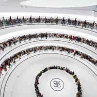 Konsep presentasi menarik dari Fendi yang digelar di Shanghai.
