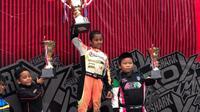 Qarrar Firhand Ali berhasil menjadi juara kadet pada kejurnas gokart putaran pertama (istimewa)