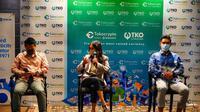 (Kiri ke kanan) Manda (COO Tokocrypto) - Dwina S. Wijaya (Dirut Peruri) - Pang Xue Kai (CEO Tokocrypto). (Foto:Dok.Perum Peruri)