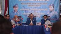 Ketua DPD Demokrat Sulawesi Barat Suhardi Duka saat menyampaikan hasil rapat konsolidasi yang menolak hasil KLB Deli Serdang (Foto: Liputan6.com/Abdul Rajab Umar)
