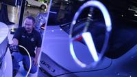 Mercedes-Benz Distributor Indonesia meresmikan fasilitas stasiun pengisian daya (Herdi/Liputan6.com)