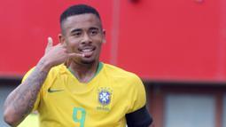 2. Gabriel Jesus (Brasil) - Tampil mengesankan bersama Manchester City membuatnya dipanggil timnas Brasil. Pemain berusia 21 tahun itu akan dipercaya menjadi ujung tombak tim Samba bersama Neymar Jr. (AP/Ronald Zak)