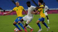 Timnas Brasil harus puas bermain imbang 0-0 kontra Pantai Gading pada laga kedua Grup D cabang olahraga sepak bola Olimpiade Tokyo 2020 di International Stadium Yokohama, Minggu (25/7/2021) sore WIB. (AP Photo/Kiichiro Sato)