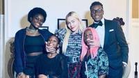 Madonna dan empat anak angkatnya. (dok.Instagram @sparklegirl98/https://www.instagram.com/p/COtYiJ6FECl/Henry)