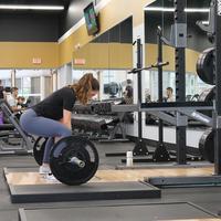 Ilustrasi olahraga untuk mengencangkan otot paha dan bokong | unsplash.com