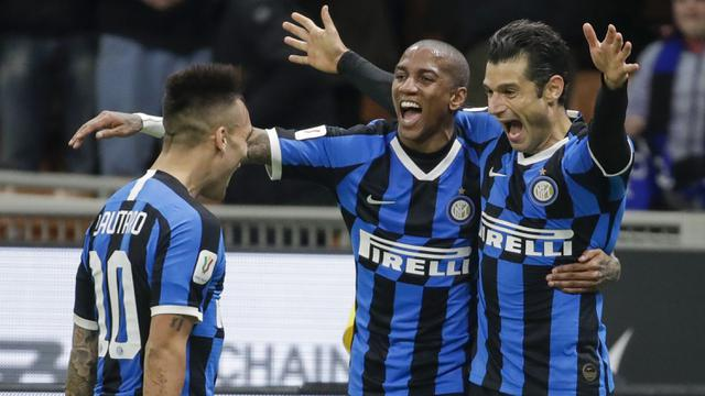 Tekuk Fiorentina 2-1, Inter Milan Lolos ke Semifinal Coppa Italia