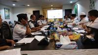 Menteri Agama Lukman Hakim Saifuddin gelar rapat evaluasi penyelenggaraan haji 2018. (www.kemenag.go.id)