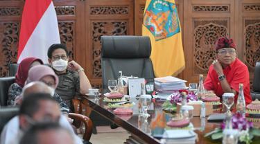 Menteri Desa PDTT Abdul Halim Iskandar penuhi undangan Gubernur Bali Wayan Koster di Rumah Dinas di Jalan Surapati, Denpasar