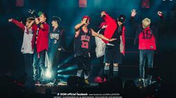 iKON, pendatang baru asuhan YG Entertainment memukau dengan membawakan lagu dari album debutnya, termasuk single pemanasan My Type. (YG Entertainment)