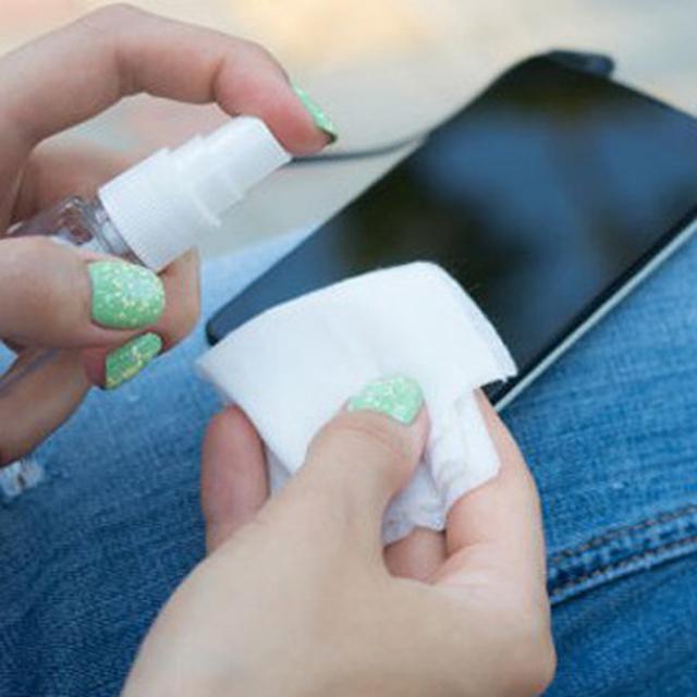 Tips Membersihkan Ponsel selama Pandemi Virus Corona Covid-19 - Bola  Liputan6.com