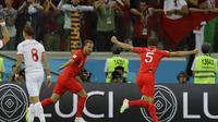 Selebrasi kapten timnas Inggris, Harry Kane, setelah mencetak gol ke gawang Tunisia pada laga penyisihan Grup G Piala Dunia 2018 di Volgograd Arena, Selasa (19/6/2018) dini hari WIB. (AP Photo/Alastair Grant)