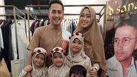 Irfan Hakim dan keluarga (Sumber: Instagram/irfanhakim75)
