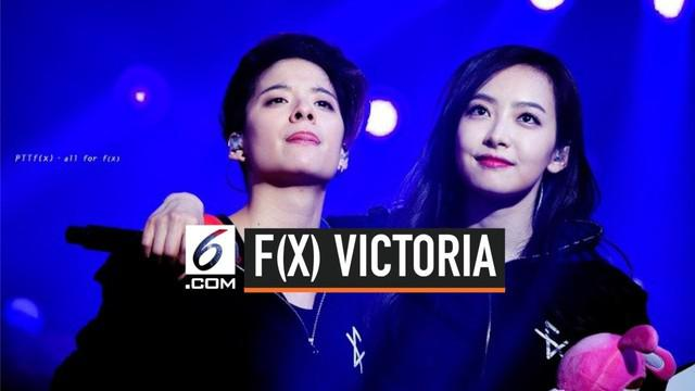 Kabar mengejutkan datang dari girlgrup Kpop f(x). Leader mereka, Victoria, memutuskan untuk tidak melanjutkan kontraknya bersama SM Entertainment yang sudah dinaunginya selama 10 tahun.