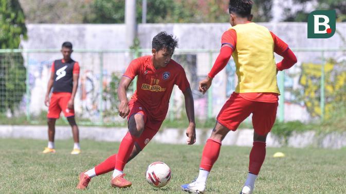 pemain akademi arema fc diharapkan bisa ikuti jejak titan fawwazi di timnas indonesia u-19