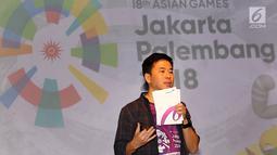 VP Consumer Healthcare & Wellness and International Operation Combiphar, Weitarsa Hendarto memberikan sambutan pada acara penutupan kampanye tagar #IndonesiaKalahkanBatas, di Jakarta, Selasa (25/9). (Liputan6.com/Fery Pradolo)