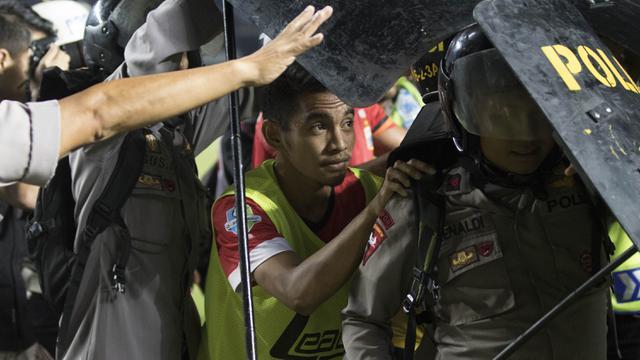 3 Insiden Terpanas Duel Persija Kontra Persib Bola Liputan6