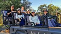 Erick Thohir bersama istri, Elizabeth Tjandra, serta keempat anaknya saat liburan di Afrika Selatan (Dok.Instagram/@agathohir/https://www.instagram.com/p/ByVDn2kH2V9/Komarudin)