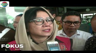 Karen Agustiawan diperiksa dalam kasus dugaan korupsi investasi Pertamina di blok Basker Manta Gummy (BMG) Australia pada tahun 2009.