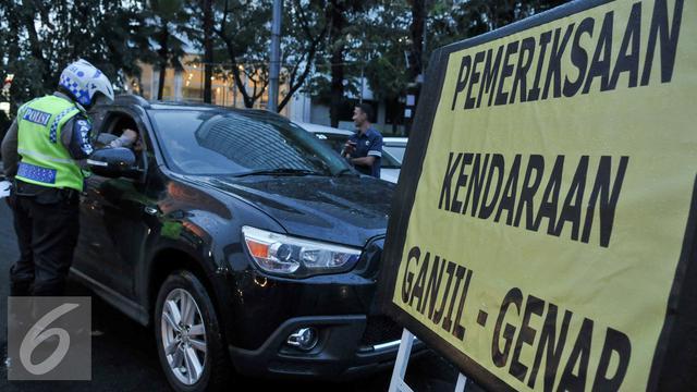 20160830- Pelanggar Ganjil Genap di Sore Hari-Jakarta- Yoppy Renato