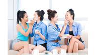 Rekomendasi aplikasi makeup yang dari makeup expert yang perlu kamu terapkan sehari-hari. (© Shutterstock.com)