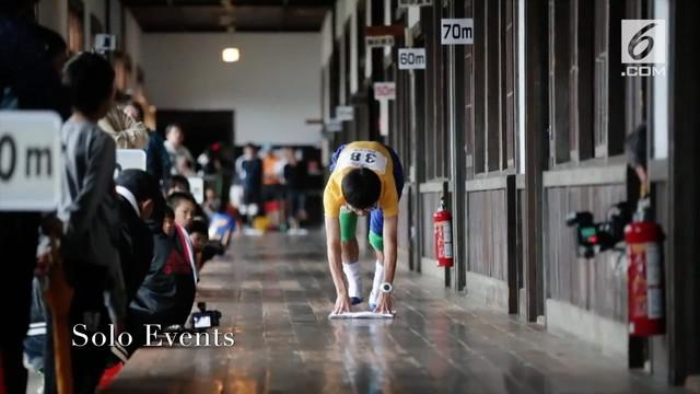 Jepang gelar lomba bersihkan gedung tua. Perlombaan ini bernama Zokingake Race Z-1 Grand Prix.