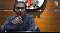 Wakil Ketua KPK, Saut Situmorang saat menyampaikan keterangan terkait pengembangan kasus korupsi e-KTP di Gedung KPK, Jakarta, Selasa (13/8/2019). KPK menetapkan empat tersangka baru sehingga hingga kini telah memproses 14 orang yang terlibat dalam kasus tersebut. (Liputan6.com/Helmi Fithriansyah)