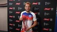 Harry Kane menjadi pemain terbaik pada laga Inggris melawan Kolombia. (doc. FIFA)