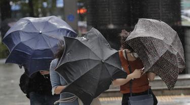 Topan Maysak Terjang Korea Selatan
