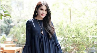 [Bintang] Sandra Dewi