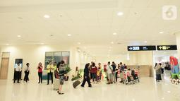 Suasana di terminal kedatangan Bandara Internasional Yogyakarta (YIA), Rabu (11/11/2020). Proyek yang dikerjakan selama 20 bulan menggunakan lebih dari 300 ribu liter cat pelapis pada seluruh rangka baja oleh PT ICI Paints Indonesia dan PT International Paint Indonesia. (Liputan6.com/Pool)