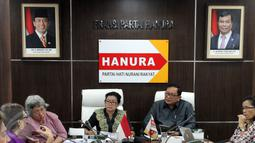 Pertemuan antara F-Partai Hanura dengan Jaringan Nasional Advokasi Pekerja Rumah Tangga (JalaPRT) di Ruang F-Partai Hanura, Jakarta, Senin (29/2/2016). Hanura berencana melobi pimpinan DPR untuk mengesahkan RUU Perlindungan PRT. (Liputan6.com/Johan Tallo)