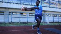 Striker Persib Bandung, Geoffrey Castillion. (Bola.com/Erwin Snaz)