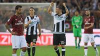 AC Milan menelan kekalahan 0-1 dari Udinese pada laga pekan perdana Serie A, di Dacia Arena, Minggu (2/8/2019). (AFP/Miguel Medina)