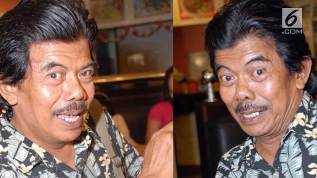 Lama tak muncul di TV, kondisi artis senior Urip Arpan ternyata saat ini sudah sakit-sakitan, bahkan diketahui tinggal di sebuah rumah kontrakan kecil yang memprihatinkan.