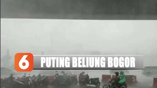 Puluhan rumah di Bogor, Jawa Barat, rusak tergerus oleh angin puting beliung.
