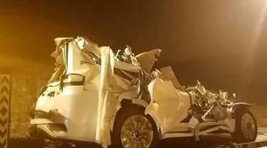 Toyota Land Cruiser Ini Alami Kecelakaan saat Hendak Dibawa ke Diler (Autoblog)