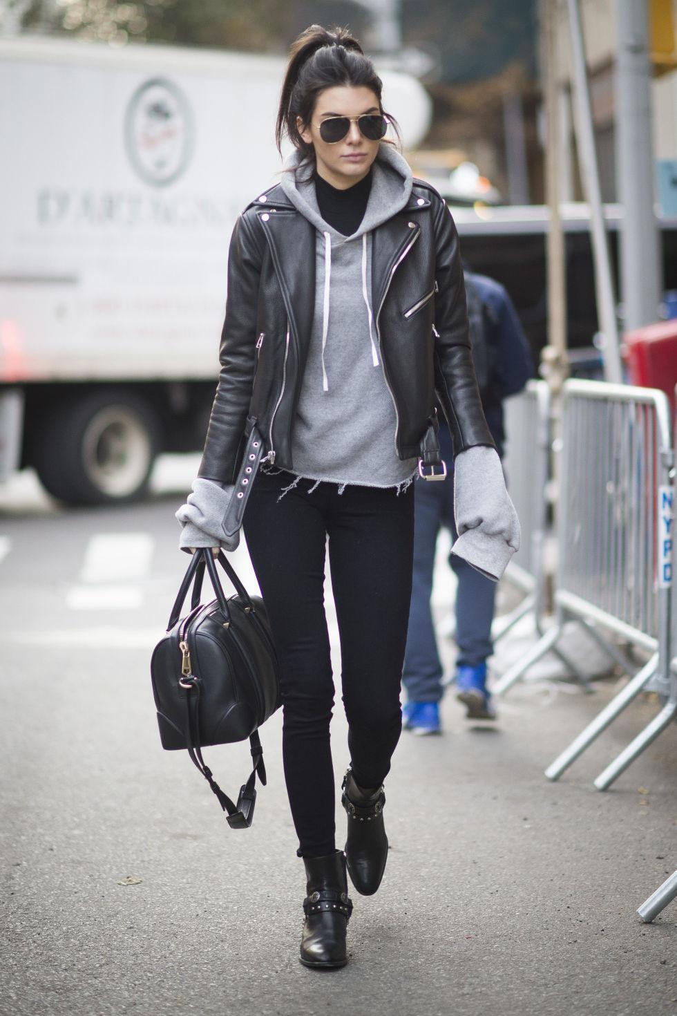 Street style Kendall Jenner ini buat yang ingin tampil maskulin. (Image: seventeen.com)