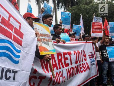 Serikat Pekerja JICT Gelar Aksi Tutup Jalan di Depan Kementerian BUMN
