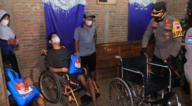Aksi Humanis Jajaran Polres Sukoharjo Kampanye PPKM Darurat