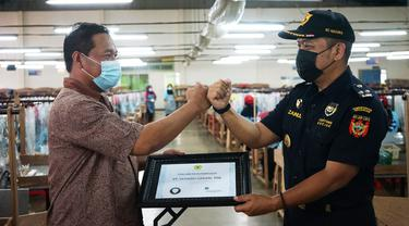 Customs Visit Customers Sarana Bea Cukai Eratkan Hubungan dengan Stakeholders
