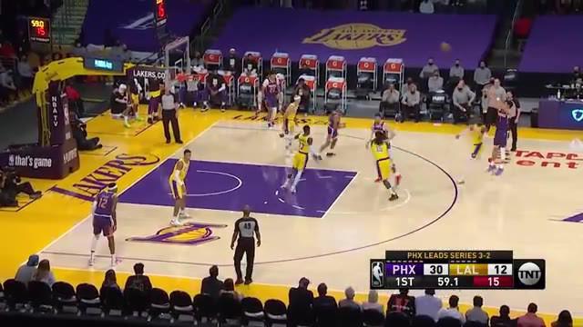 Berita video aksi-aksi Devin Boooker saat bawa Phoenix Suns kalahkan LA Lakers 113-100 di Playoffs NBA, Jumat (4/6/21)
