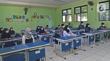 Sekolah Tatap Muka di SMP Negeri 2 Bekasi