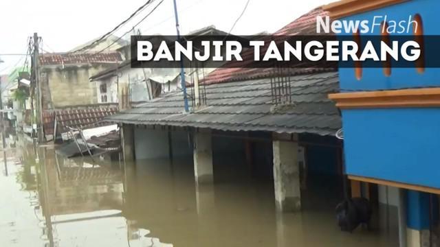 Hujan deras yang mengguyur kawasan Tangerang dan sekitarnya, menyebabkan banjir di sejumlah titik pemukiman. Terparah, banjir meredam ratusan rumah di Total Persada, Periuk Kota Tangerang.