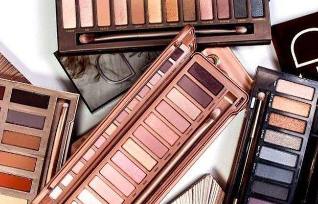Urban Decay Naked Palette/copyright sociolla.com