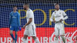 1. Kompetitor Tidak Konsisten – Barcelona diramalkan akan bisa menjuarai dua gelar di pentas domestik saat ini. Hal tersebut diraih usai Real Madrid dan Atletic o Madrid tampil inkonsisten sejak awal musim. (AFP/Jose Jordan)